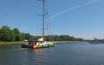Gutkowski vs Adamczyk, kto pierwszy: jacht czy samochód? fot: Facebook