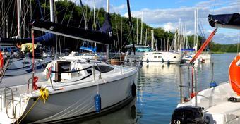 Kiedy się wybrać na żeglarski urlop?