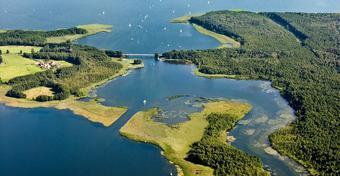 Wielkie Jeziora Mazurskie: najciekawsze miejsca na szlaku